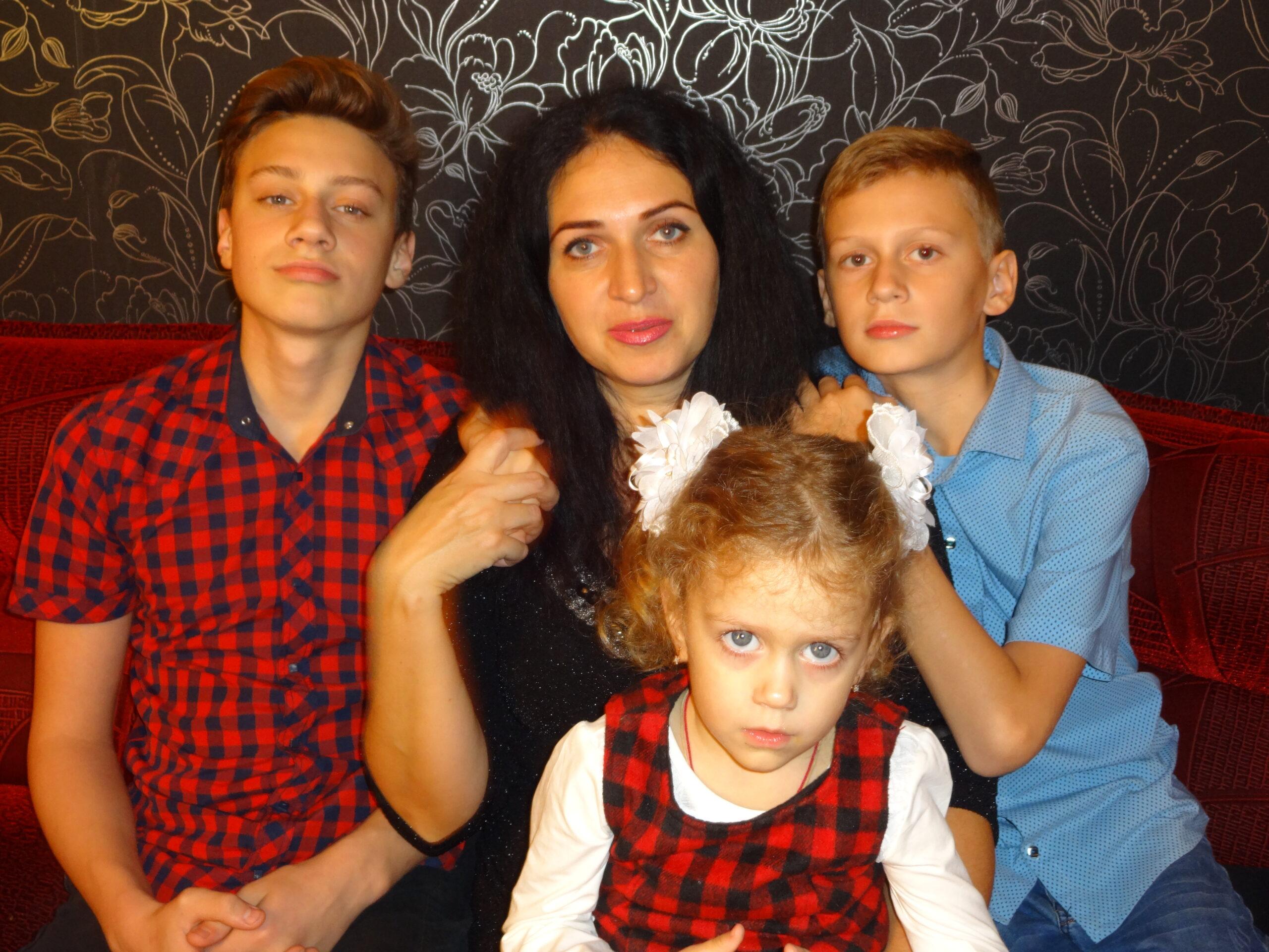 Многодетная мама из Абинска знает секреты воспитания мальчиков