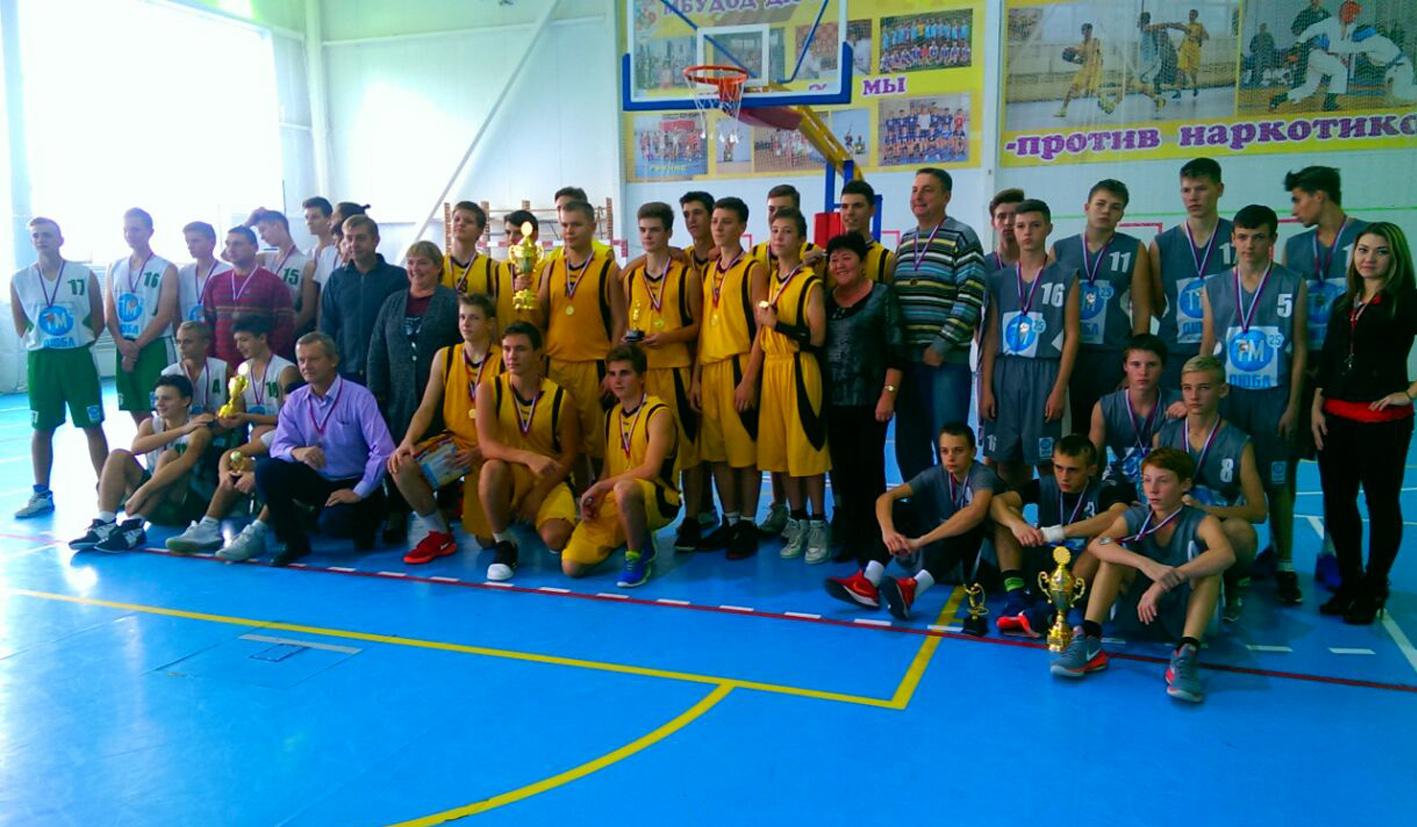 Баскетболисты встретились в Абинске