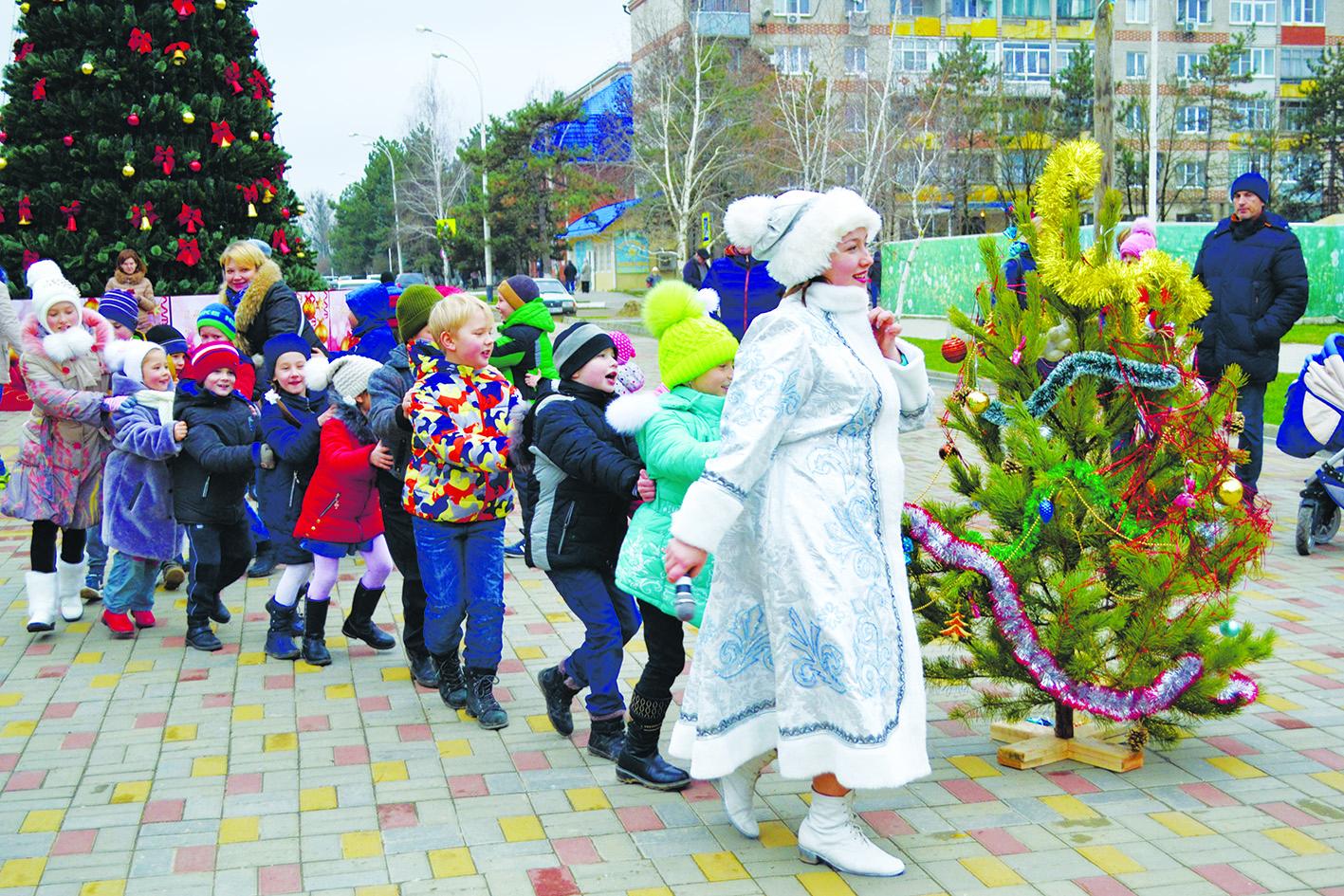 В Абинске прошел предновогодний экологический марафон