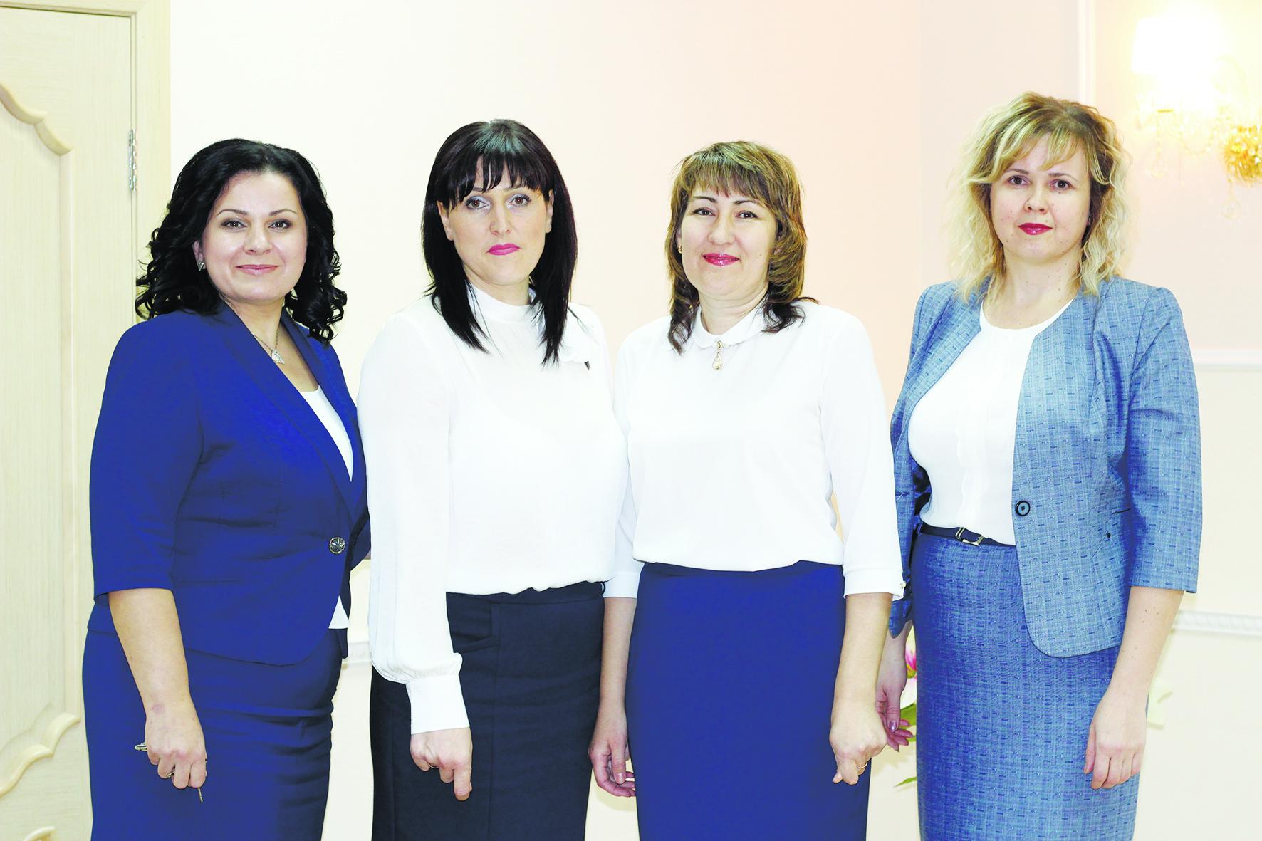 Работники органов ЗАГС Абинского района отмечают свой профессиональный праздник.