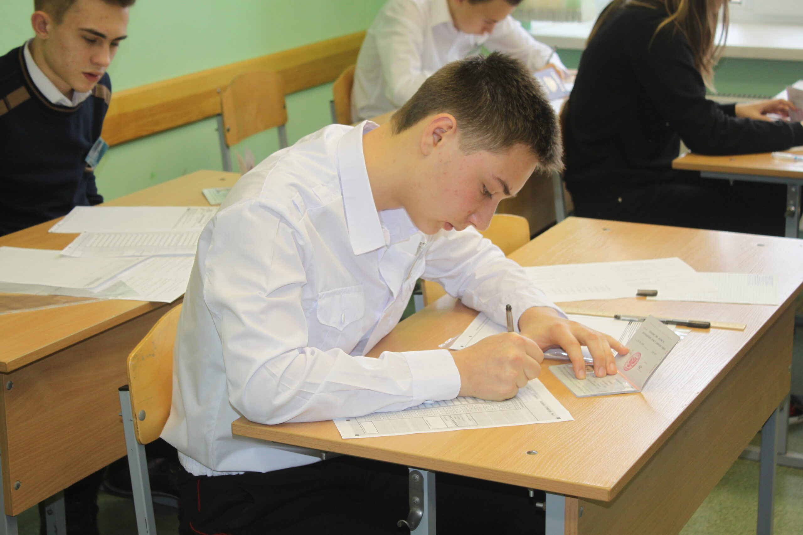 Пробный экзамен по математике состоялся для девятиклассников Абинского района