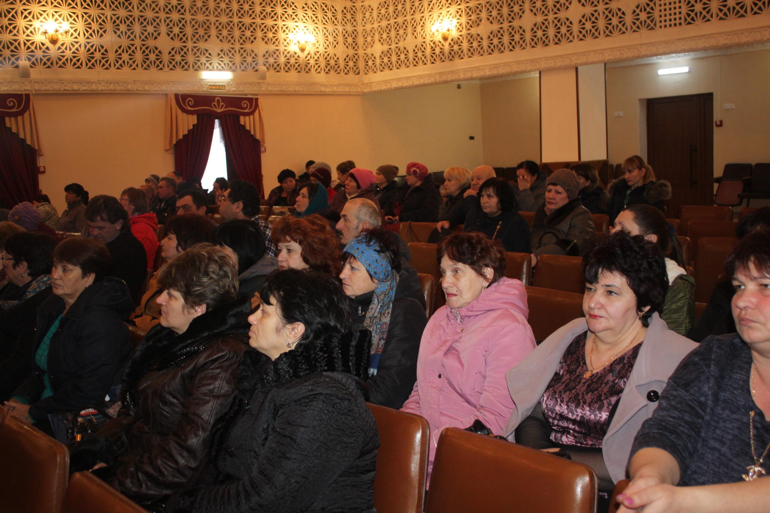 В станице Мингрельской состоялась открытая сессия Совета Мингрельского сельского поселения