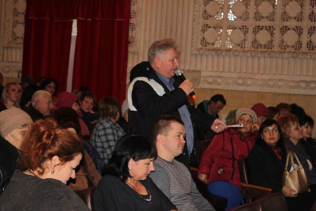 Федоровчане хотят ровных дорог и света без отключений