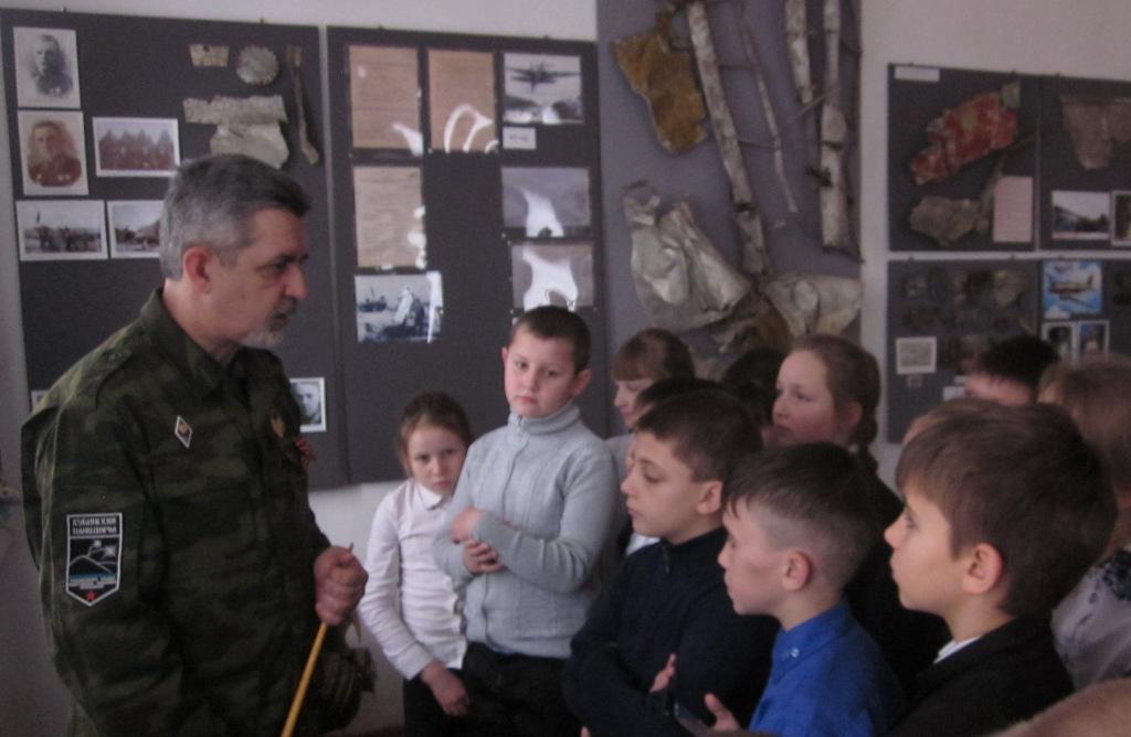 Третьеклассники из села Варнавинского побывали в школьном музее