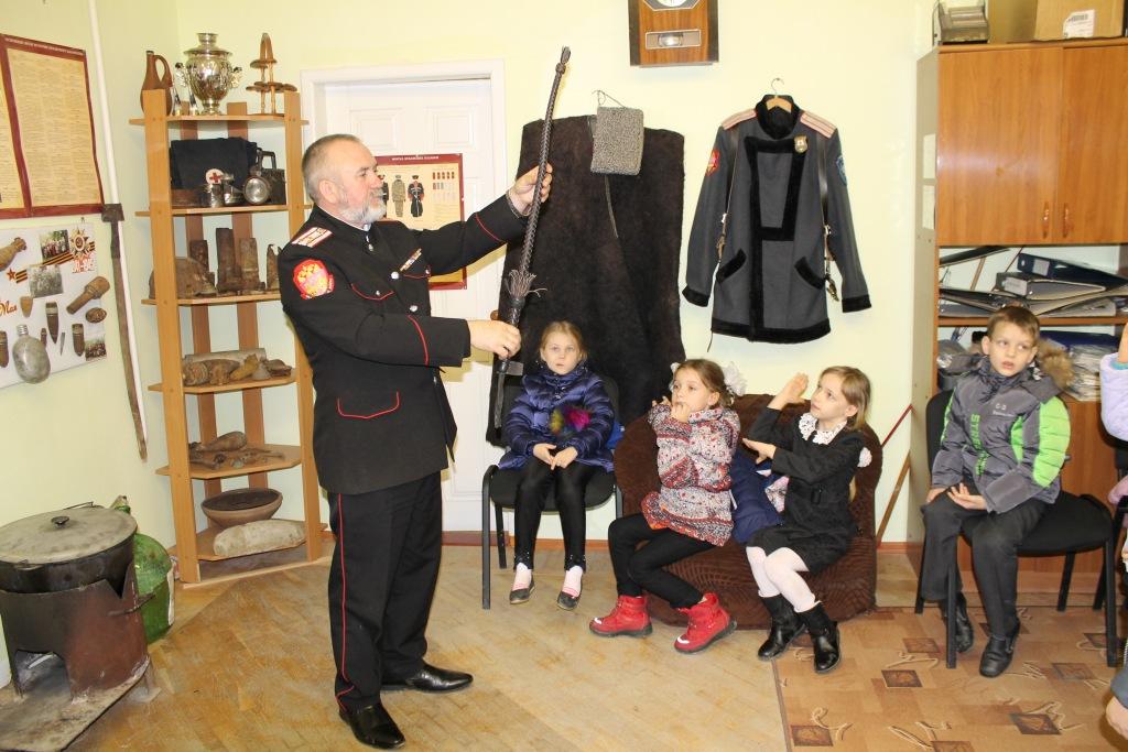 В музее Эриванского хуторского казачьего общества прошёл атаманский час
