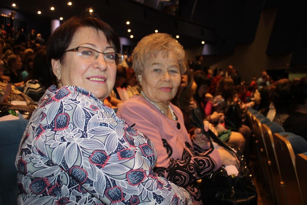 Губернатор поздравил жительниц Кубани с Международным женским днем