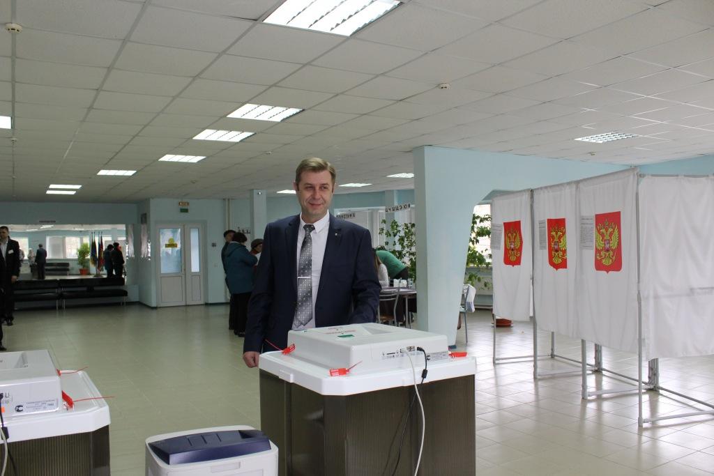 Глава Абинского района проголосовал на выборах президента России