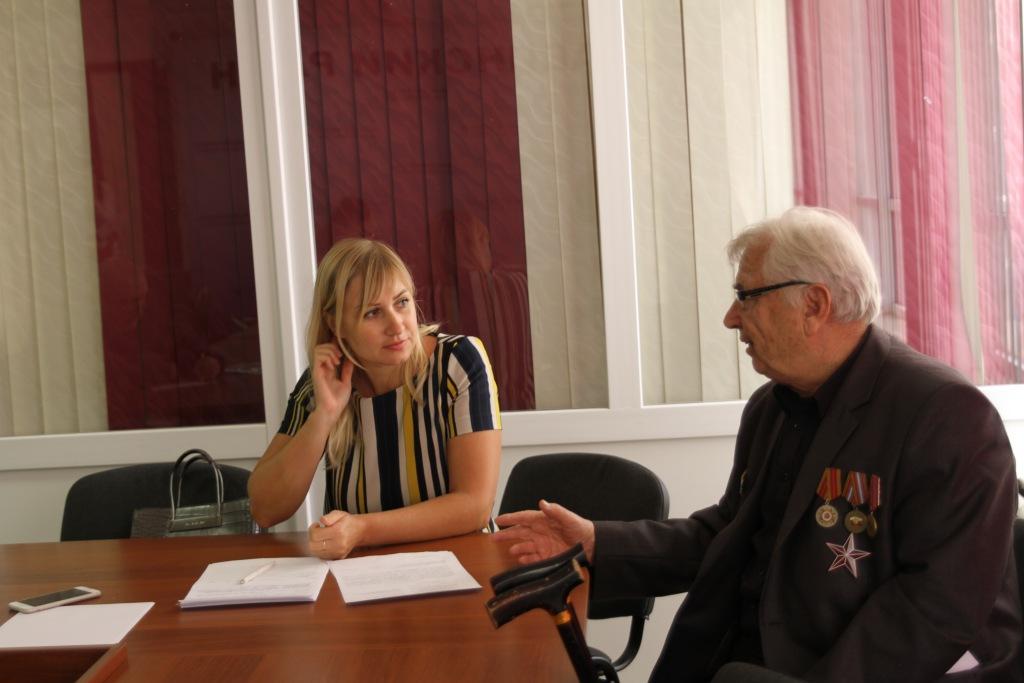 Специалист Государственной инспекции труда провела прием граждан в Абинском районе