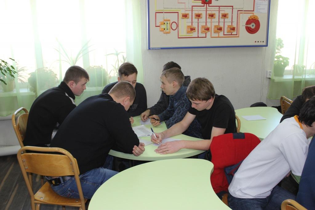 Молодежь поселка Ахтырского выбирала завтрашний день