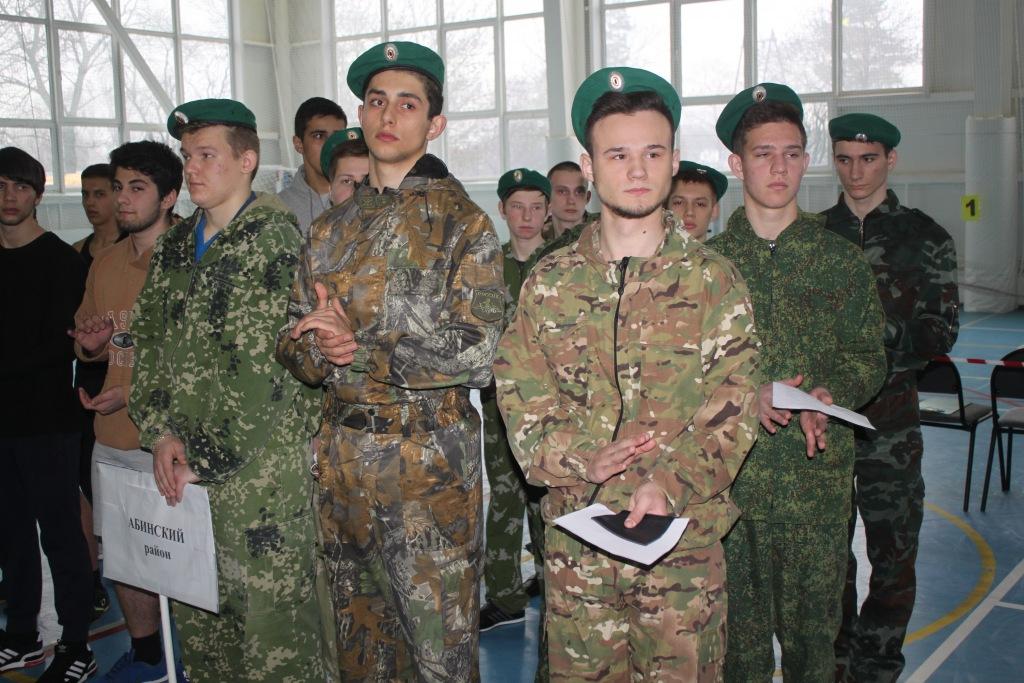 Девятиклассник из Мингрельской стал призером краевых соревнований по гиревому спорту
