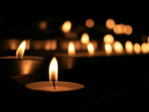 Сегодня в Абинске в 12:00 пройдут траурные мероприятия по погибшим во время страшного пожара в торговом центре «Зимняя вишня» в Кемерово