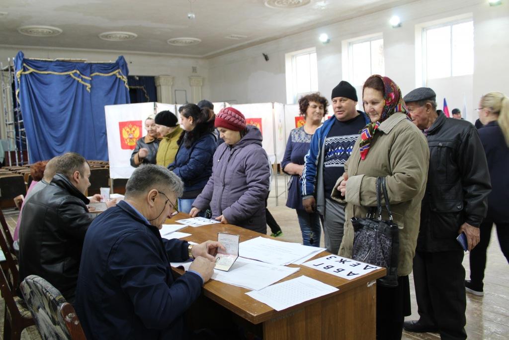Активно идет голосование в Варнавинском сельском поселении Абинского района
