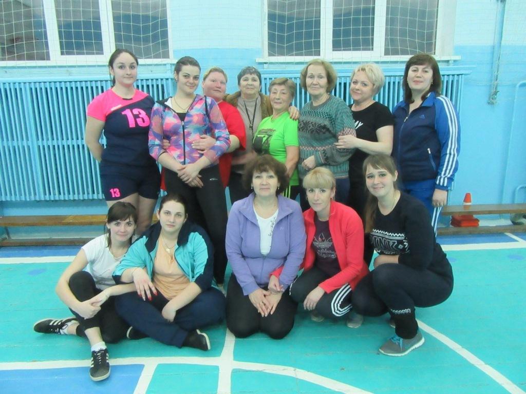 В станице Холмской прошел традиционный турнир по волейболу среди женских команд