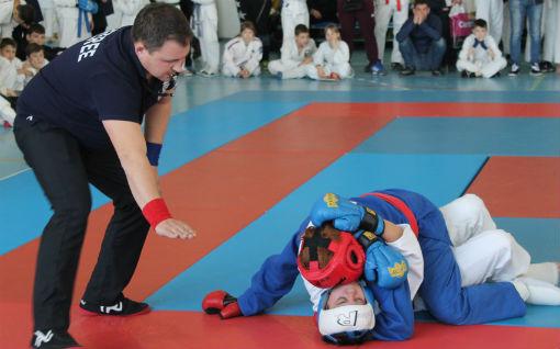 В Абинске прошел открытый турнир по рукопашному бою