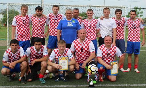 Футбольная команда «Город» вышла в лидеры