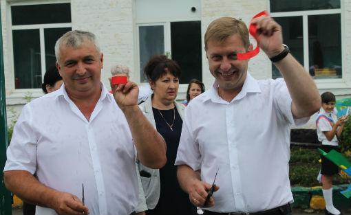 Глава Абинского района побывал на празднике последнего звонка в школе х. Краснооктябрьского