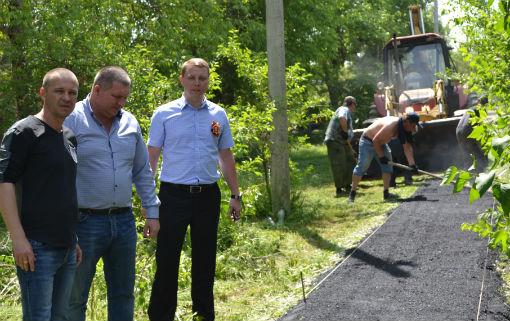 Впервые от начальной до заключительной стадии МБУ «Благоустройство» проводится строительство нового тротуара