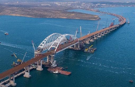 Работы по реконструкции автомобильного моста в Абинске ведутся ускоренными темпами