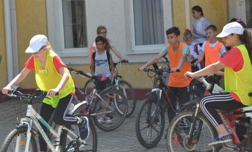 В Абинске прошел конкурс юных инспекторов дорожного движения