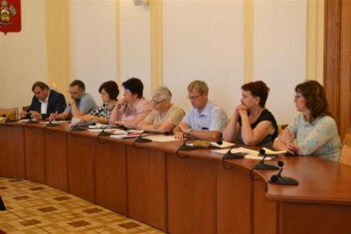 Депутаты ЗСК обсудили вопросы активизации строительства спортзалов в школах