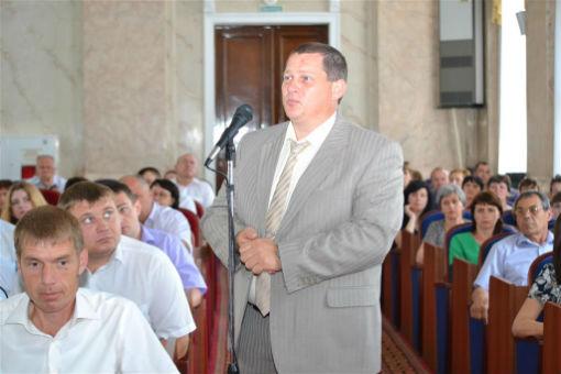 Депутаты ЗСК в Каневском районе проверили выполнение майского Указа Президента РФ