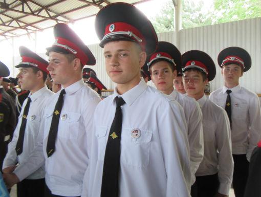 Холмские казачата участвовали в слете-конкурсе кадетских корпусов и классов казачьей направленности