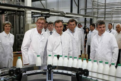 Губернатор побывал на маслозаводе «Абинский»