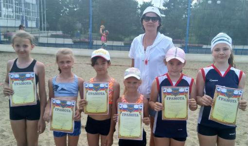 В Абинске прошли соревнования по пляжному волейболу среди юных спортсменок