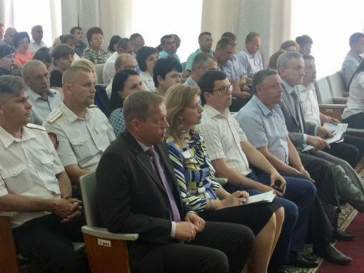 Вице-спикер провел зональное совещание в Каневском районе