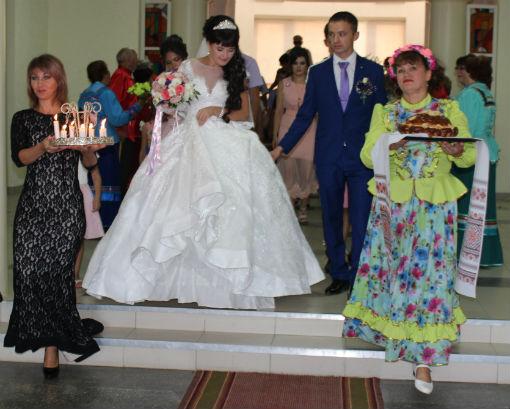 В поселке Ахтырском провели свадебный обряд