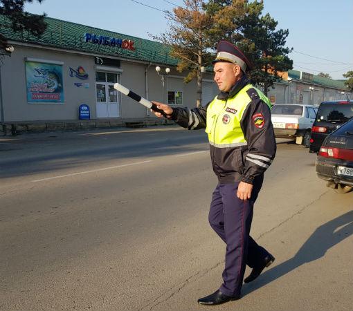 Сотрудники госавтоинспекции Абинска приняли участие в рейдах по выявлению должников