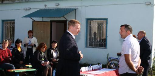 Глава Абинского района Вячеслав Иванов провел встречи с жителями хуторов Ольгинский и Ленинский
