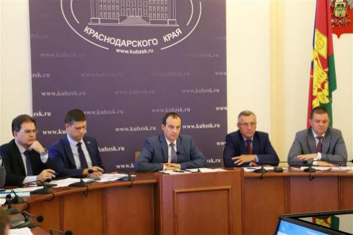 Депутаты ЗСК обсудили повышение качества и доступность медицинской помощи детям в регионе