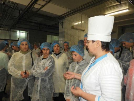 Школьники побывали на Ахтырском хлебозаводе и Каневском молочном комбинате