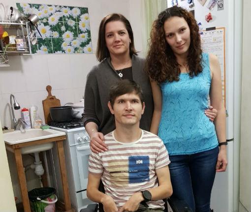 После вмешательства депутата Госдумы инвалид из Мостовского района получил долгожданную коляску