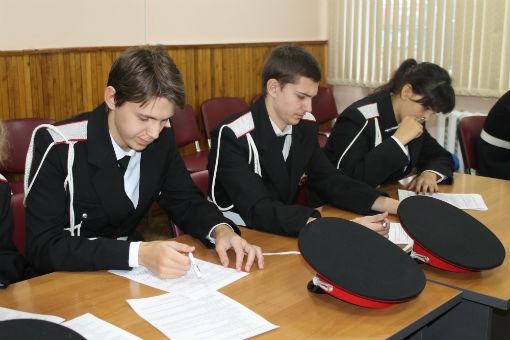 В Абинском районе за парту сели казачата и казаки