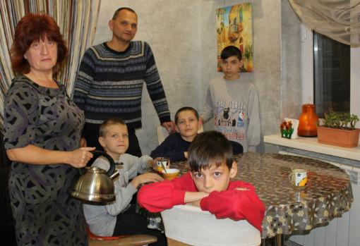 Дети должны быть счастливыми – уверена приемная семья из Абинска, воспитывающая четырех мальчишек