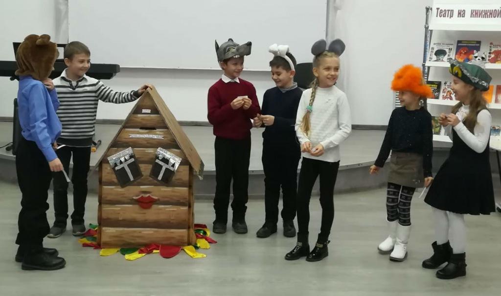 В Ахтырском прошла театрализованная программа к открытию Года театра