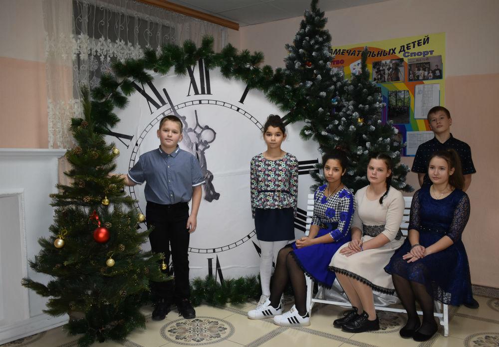Шестеро ахтырских школьников встретят Новый год в Москве