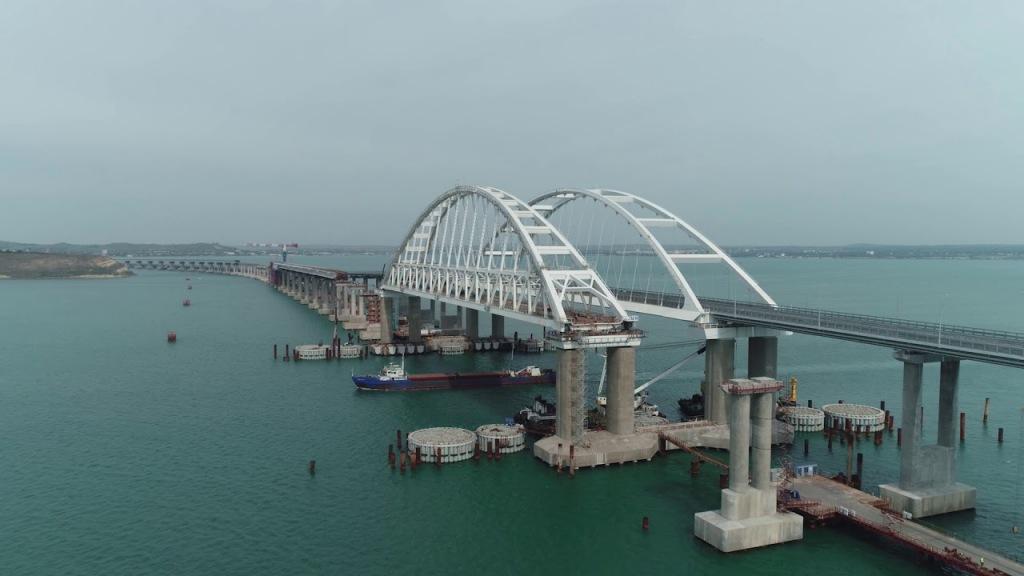 По Крымскому мосту будет ходить пригородный поезд Анапа – Феодосия