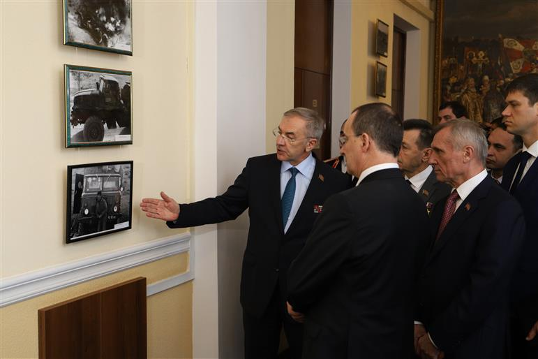 Выставка к 30-летию вывода войск из Афганистана открылась в краевом парламенте