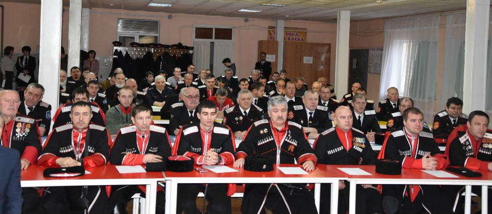 В станице Холмской собрались казаки-наставники