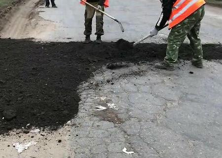 ДЭП-93 ремонтирует объездную дорогу в районе города Абинска