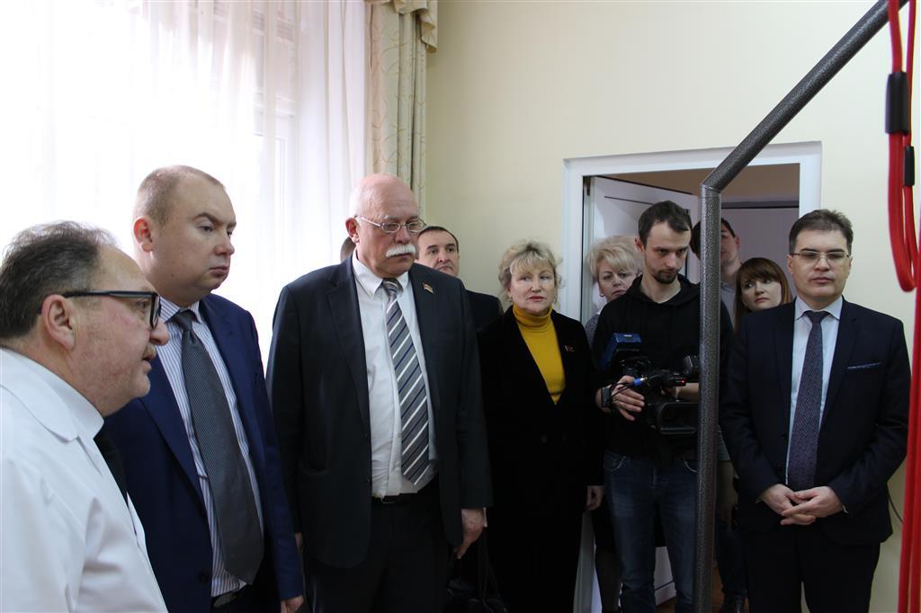 Депутаты ЗСК провели выездное заседание в детском реабилитационном центре
