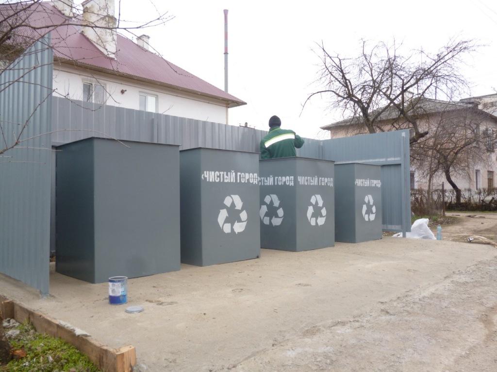 В поселке Ахтырском в качестве эксперимента обустроена контейнерная площадка
