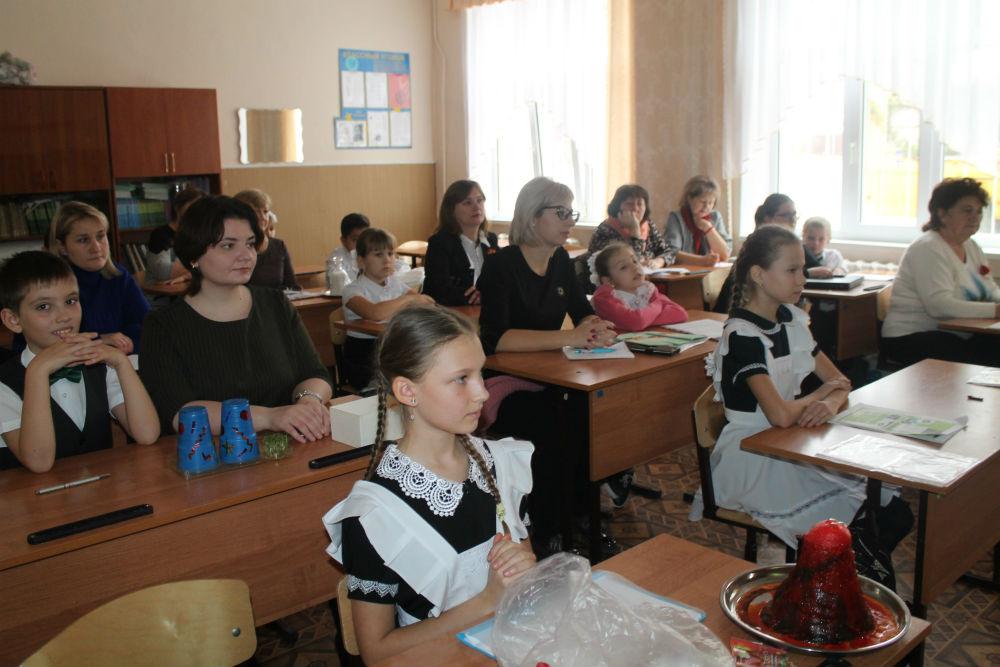 В Абинске собрались одаренные дети разного возраста, увлеченные наукой