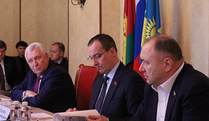 Спикер ЗСК и депутат Государственной Думы от Краснодарского края провели выездной прием граждан в Анапе