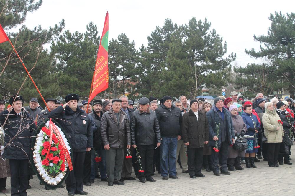 В Абинске прошла акция, посвященная 30-летию со дня вывода ограниченного контингента советских войск из Афганистана