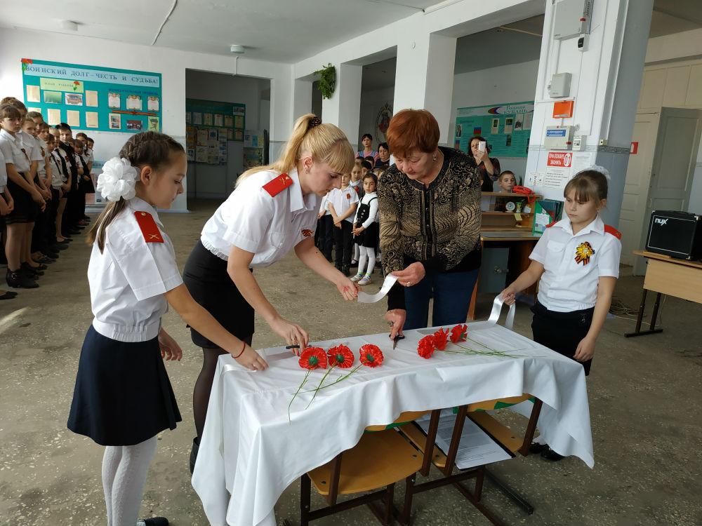 В школе х. Ольгинского открыта «Парта Героя»