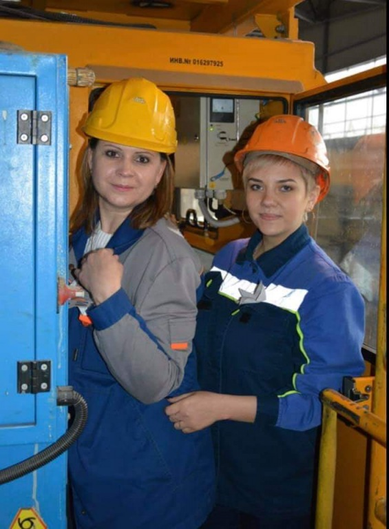 Машинист крана Елена Мещерякова — победительница конкурса профессионального мастерства АЭМЗ